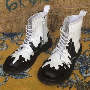 Dr Martens Girls Boots (Girls Size 3)